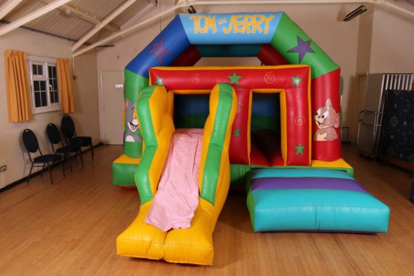 Tom & Jerry Castle With Slide