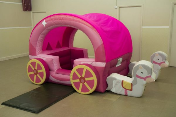 Horse & Carriage Ball Pit
