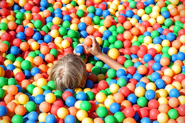 Soft Play Hire in Southend-on-Sea   Jolly Kids Castles