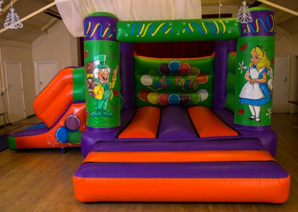 Alice in Wonderland 17 x 15 Velcro Castle With Slide – Changeable Themes