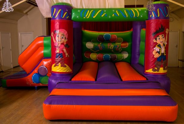 Jake and the Neverland Pirates 17 x 15 Velcro Castle With Slide – Changeable Themes