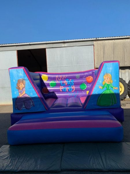 Sofia the First 8ft Bouncy Castle